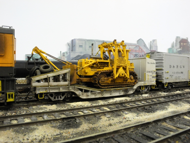 HO Scale SB-6 Wreck Dozer modeled by Tom Holley featured in May 2018 RGM&HS Green Light